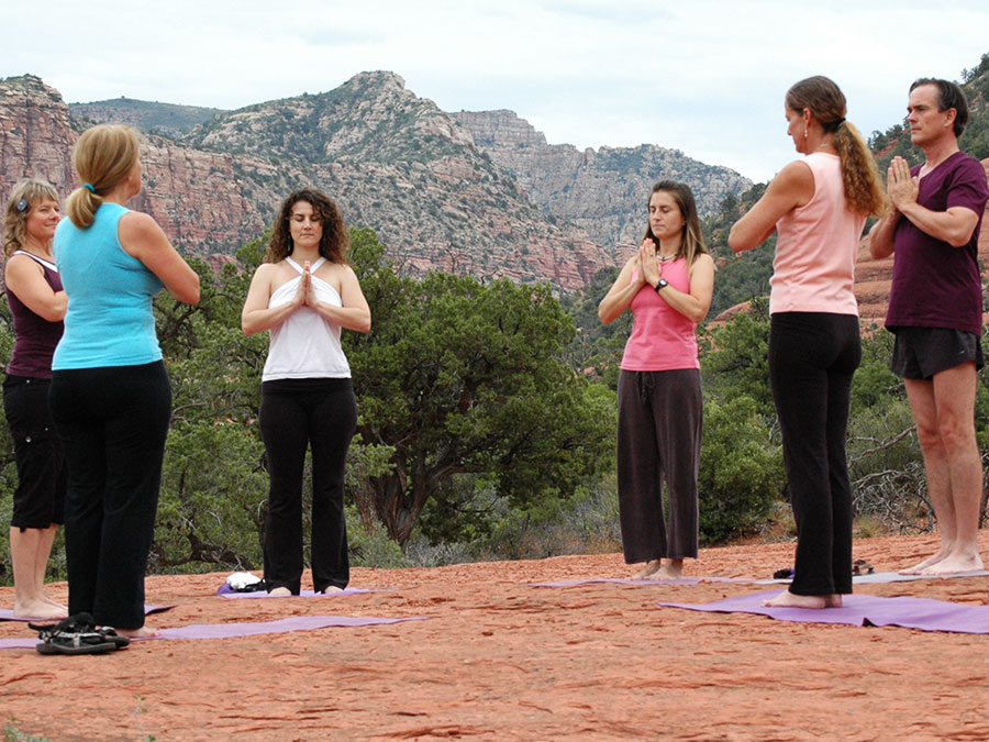sedona-outdoor-yoga
